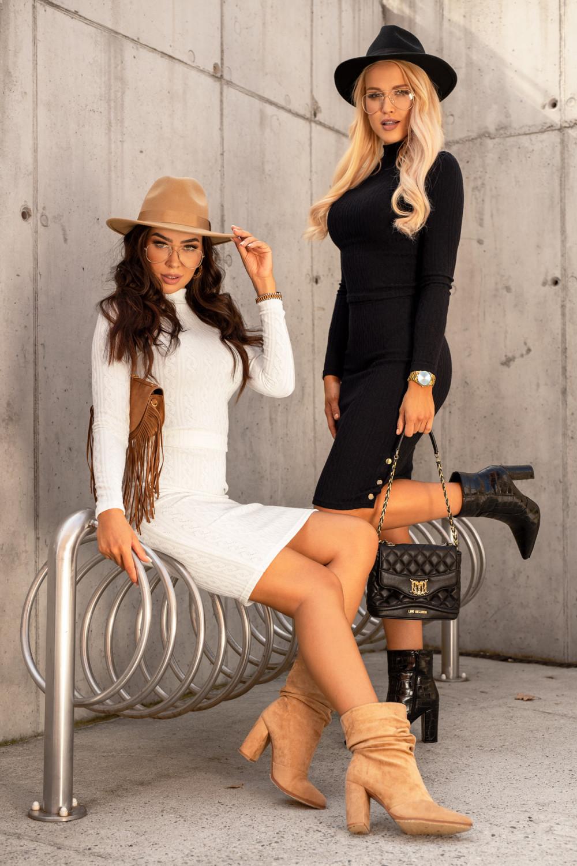 Ecru sweterkowy komplet spódniczka i bluzka Camilla 4