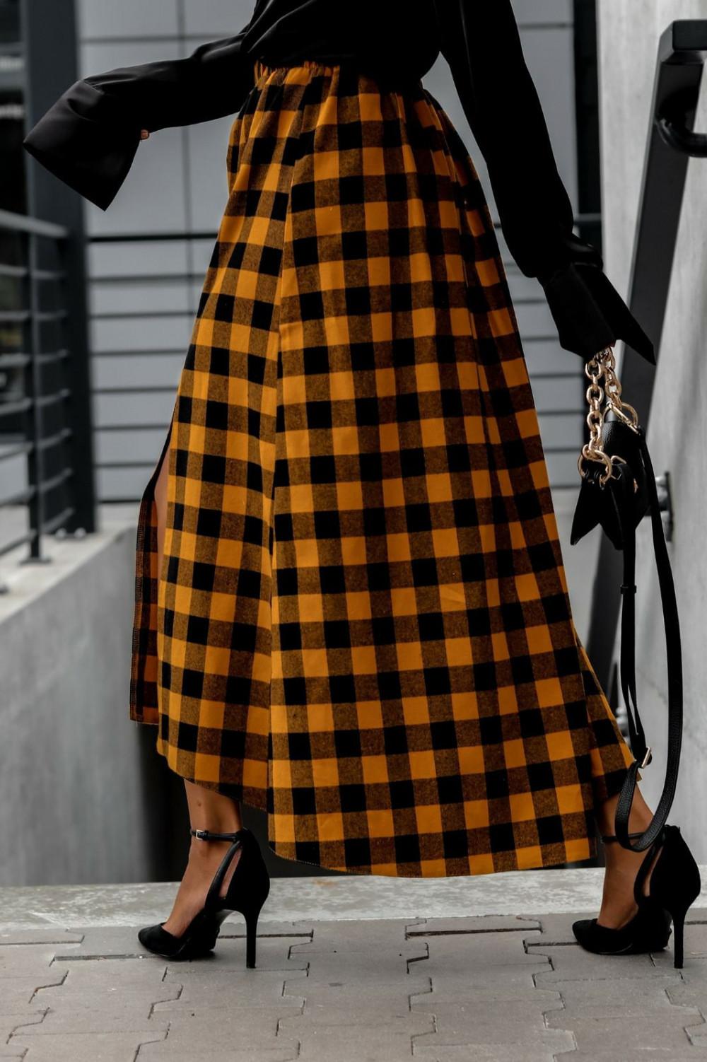 Pomarańczowa spódnica flanel z rozcięciem midi w kratkę Sammy 1