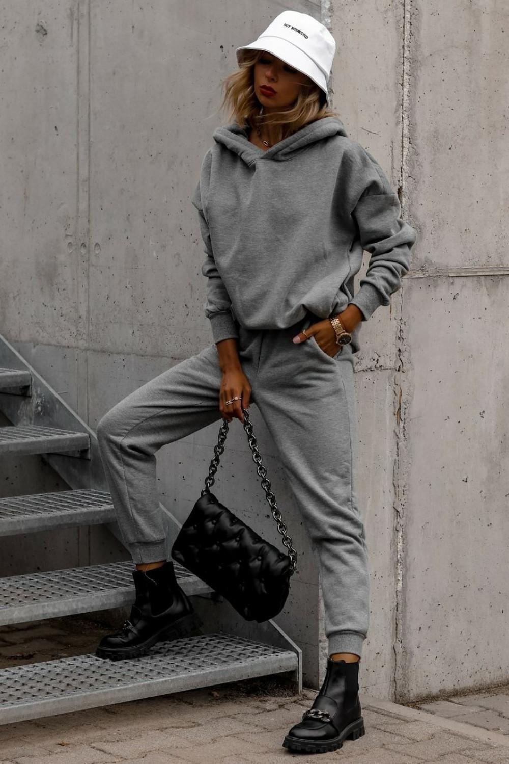 Szary komplet dresowy bluzka i spodnie Arianna 1