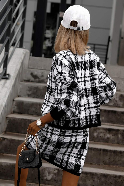 Biało-czarny komplet damski w kratkę spódniczka i bluza Elena 3