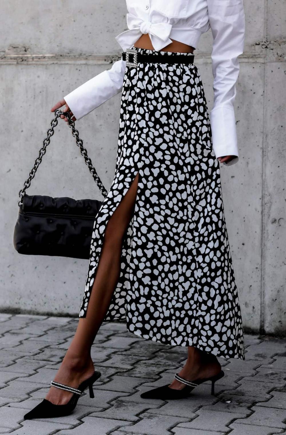 Czarna spódnica z rozcięciem midi w plamki Sammy 5