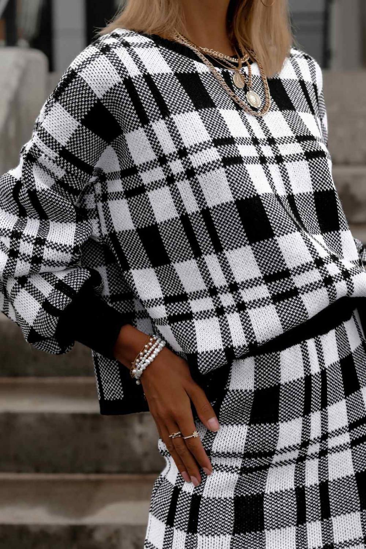 Biało-czarny komplet damski w kratkę spódniczka i bluza Elena 4