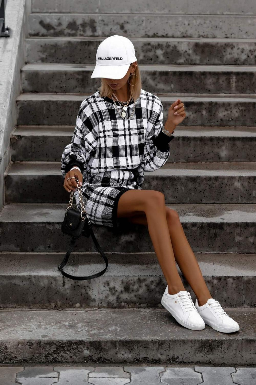 Biało-czarny komplet damski w kratkę spódniczka i bluza Elena 6