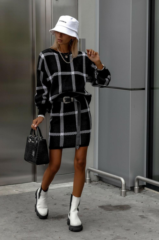 Czarny komplet damski w kratkę spódniczka i bluza Elena 2