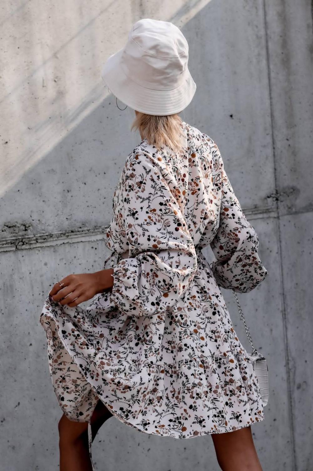 Beżowa sukienka kwiatowa rozkloszowana V-Neck Layla 4