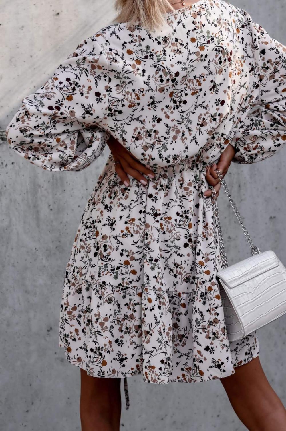 Beżowa sukienka kwiatowa rozkloszowana V-Neck Layla 5