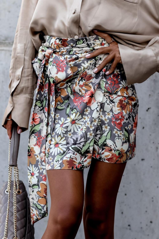 Kwiatowa kopertowa spódniczka z wiązaniem Charlie 1