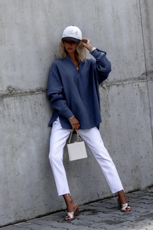 Niebieska muślinowa koszula oversize V-Neck Zoe 2