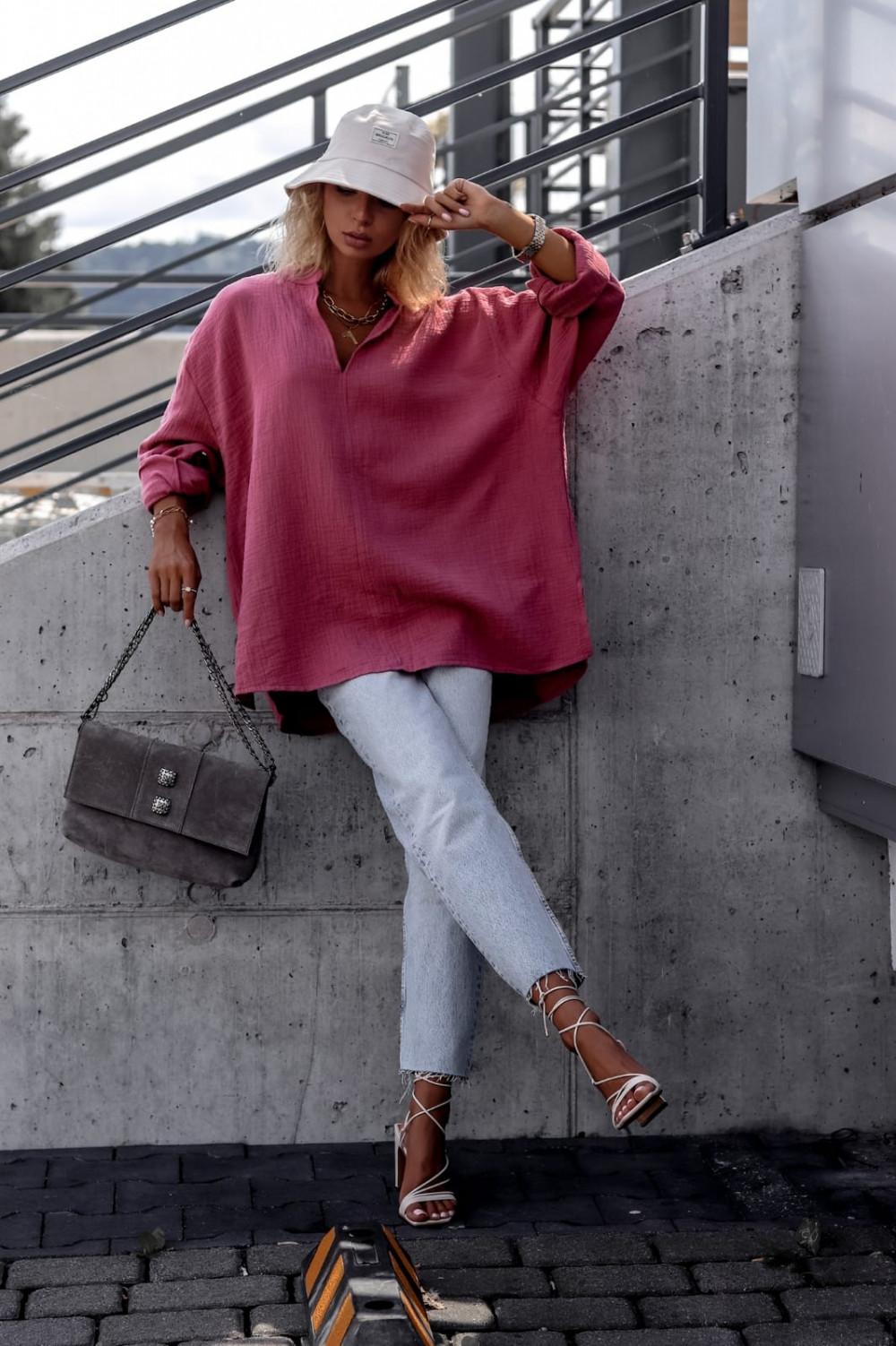 Różowa muślinowa koszula oversize V-Neck Zoe 2