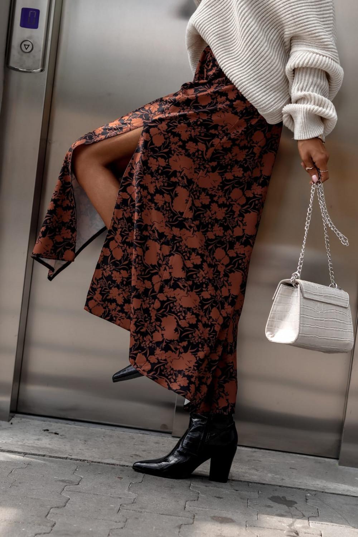 Brązowo-czarna spódniczka z rozcięciem midi w kwiaty Sammy 3
