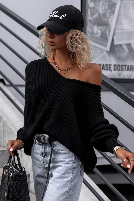 Czarny sweter oversize V-Neck Mia 3