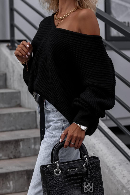 Czarny sweter oversize V-Neck Mia 1