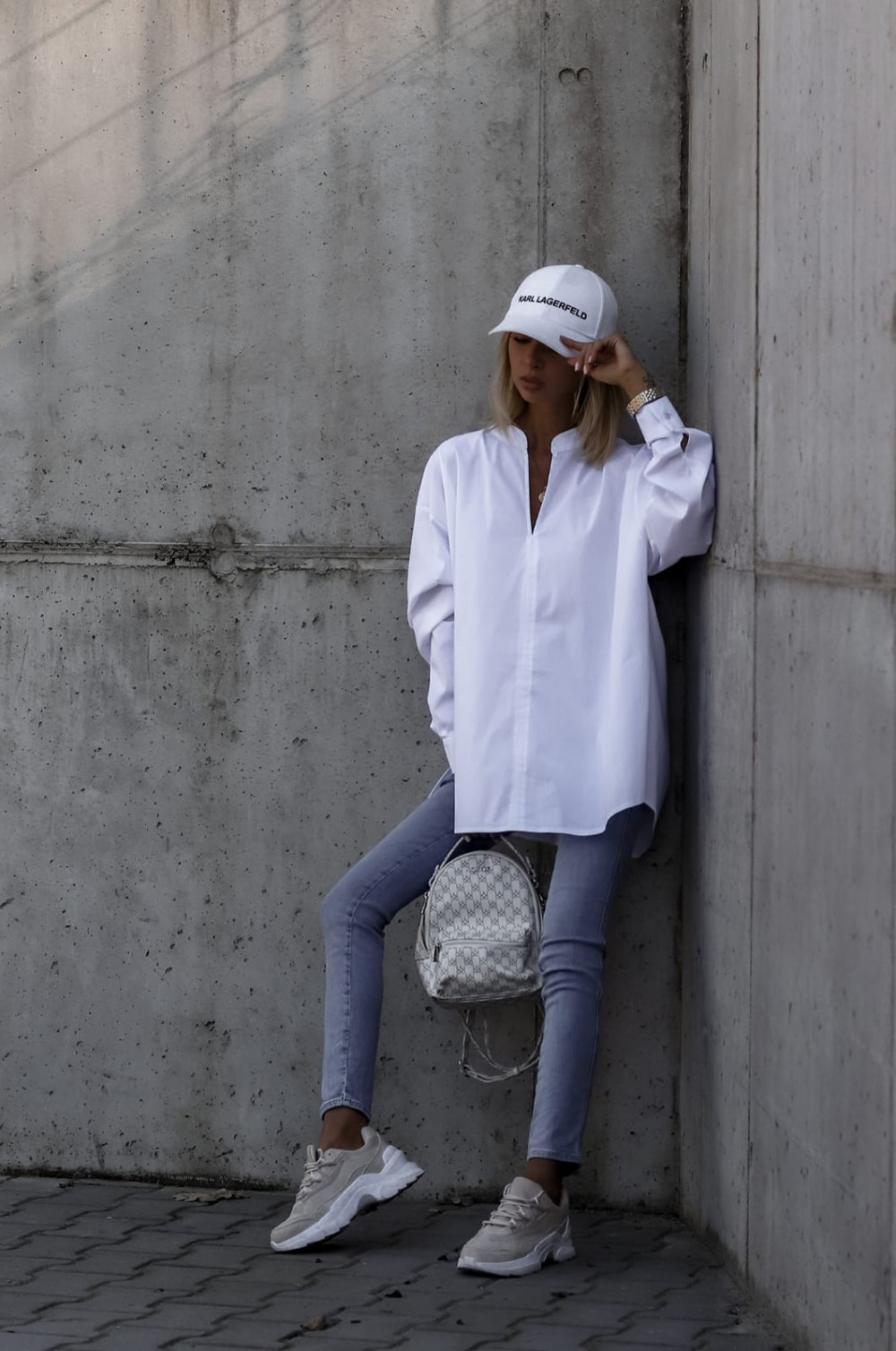Biała rozpinana elegancka koszula oversize Emma 4