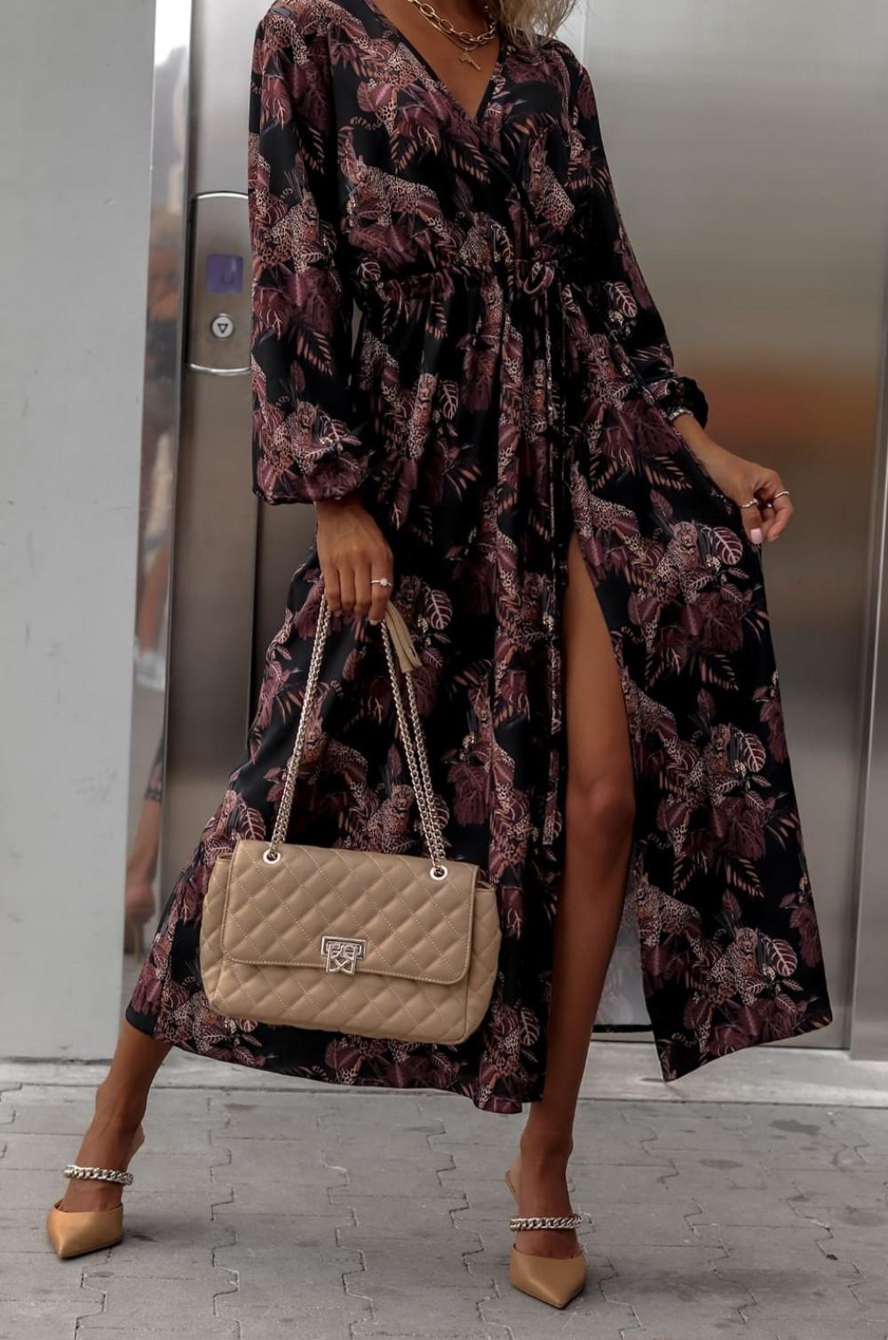 Czarna sukienka przekładana z bufiastymi rękawami we wzory Sophia 1