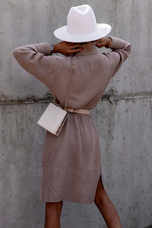 Beżowa sukienka sweterkowa z golfem Milano 4