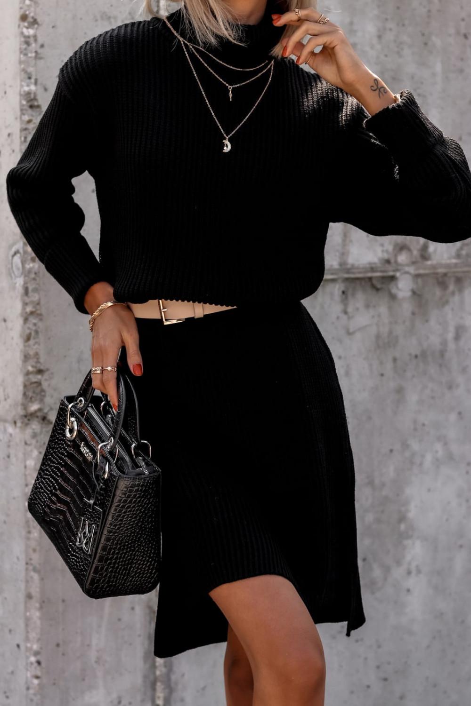 Czarna sukienka sweterkowa z golfem Milano 2