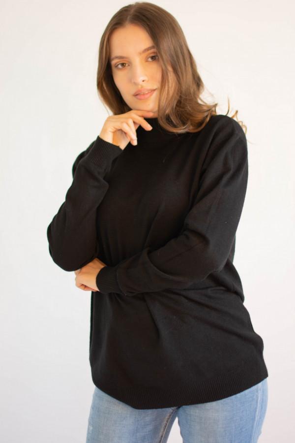 Czarny sweter z golfem Jean