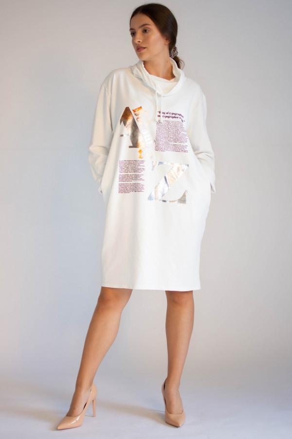 Sukienka dresowa oversize z oryginalnym nadrukiem Tiffany