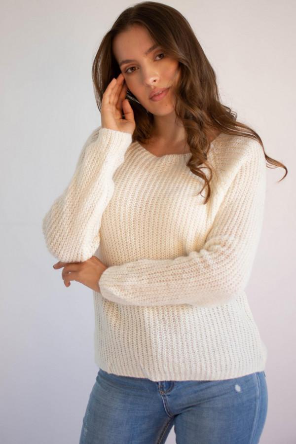 Sweter damski klasyczny Joan