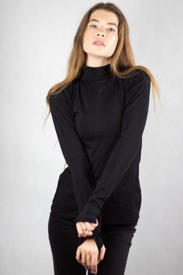 Czarna bluzka z golfem Ashley