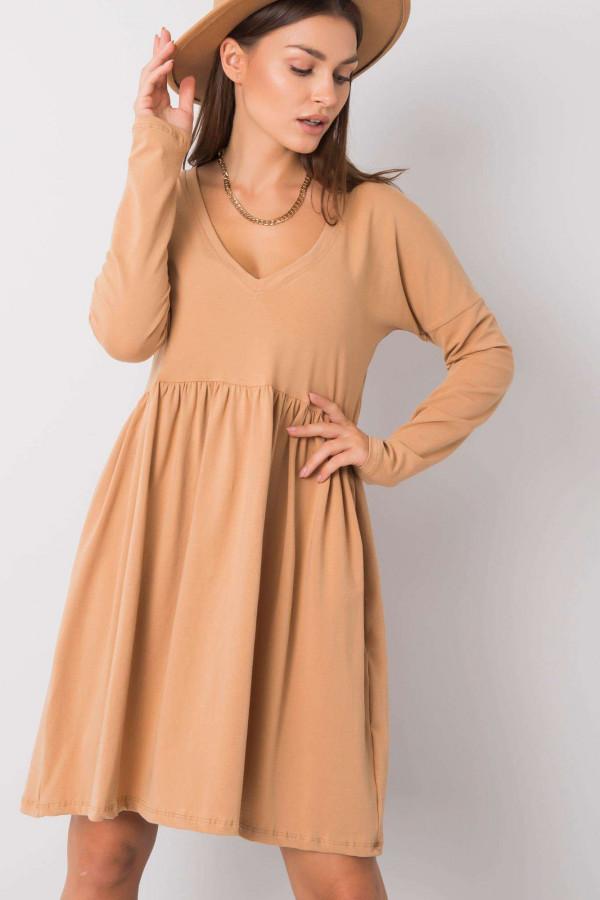 Karmelowa sukienka rozkloszowana Talence