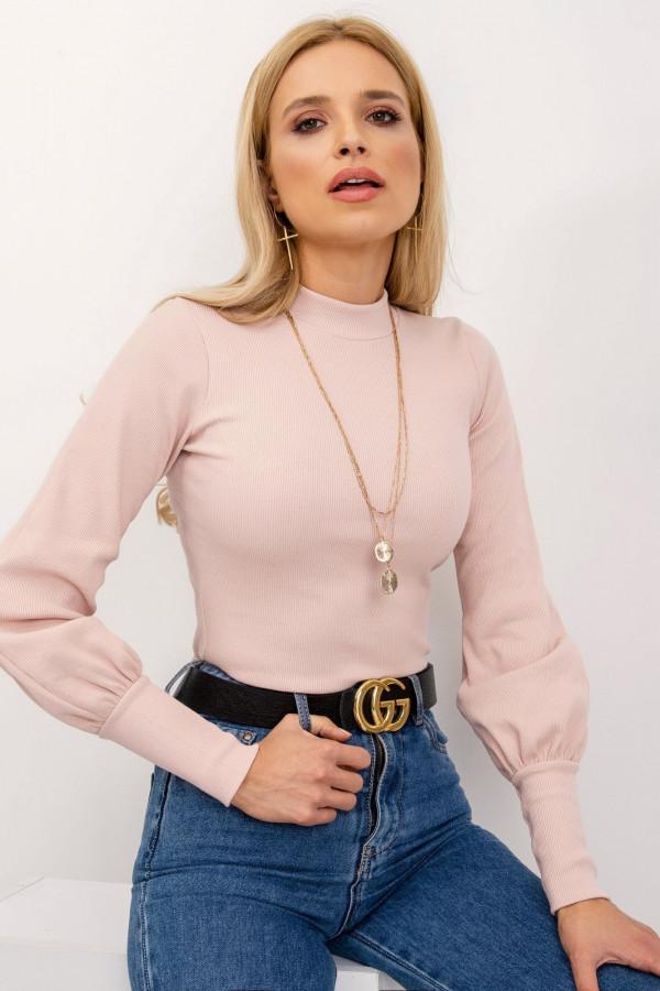 Różowa bluzka z bufiastymi rękawami Auphoria