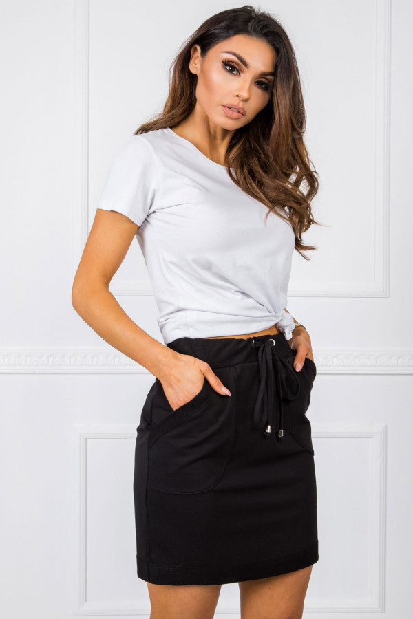 Czarna dresowa spódniczka z kieszeniami Dahlia