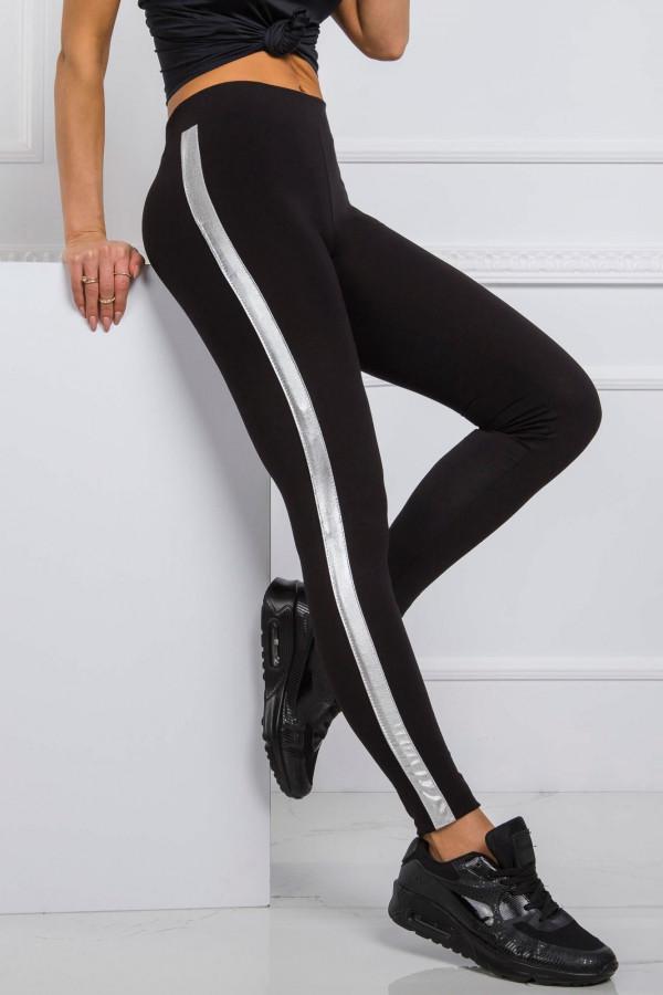 Czarne legginsy fitness z srebrnymi lampasami Holly