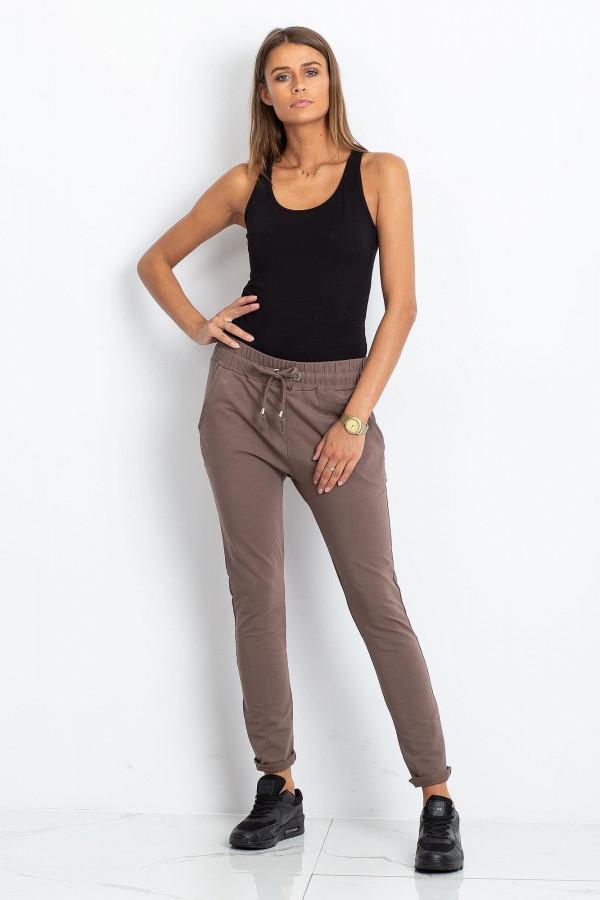 Brązowe spodnie dresowe z kieszeniami Sage