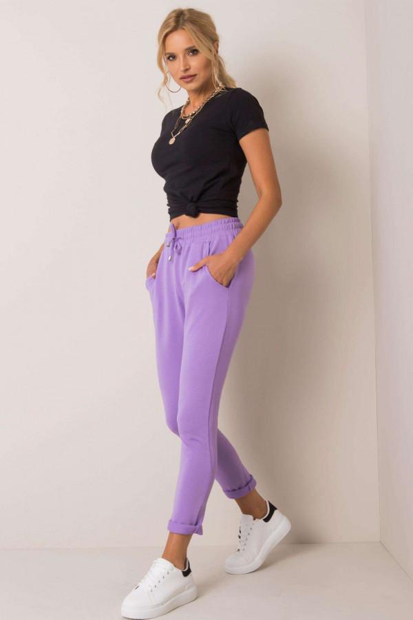 Jasnofioletowe spodnie dresowe z kieszeniami Sage