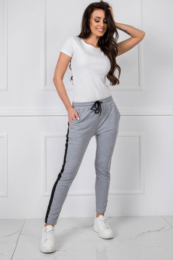 Szare dresowe spodnie z lampasami Nikki
