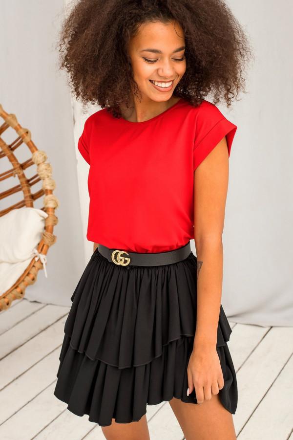 Czerwony t-shirt z zawijanymi rękawkami Nami