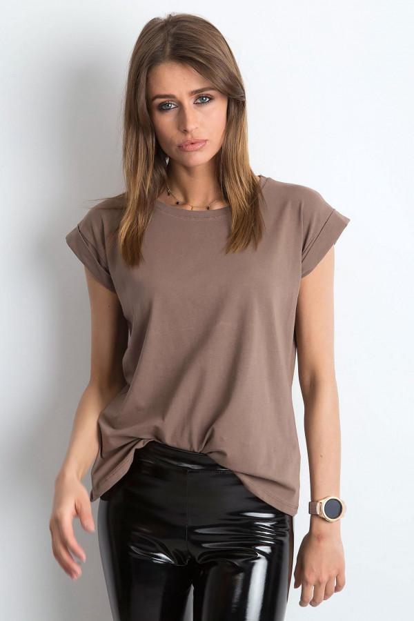 Kawowy t-shirt z zawijanymi rękawkami Nami