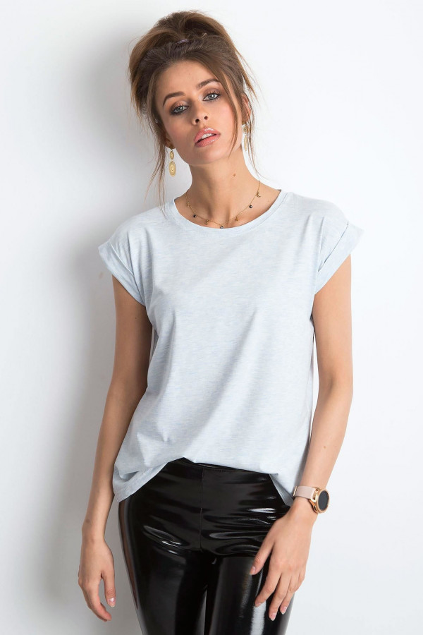 Jasnoniebieski melanżowy t-shirt z zawijanymi rękawkami Nami