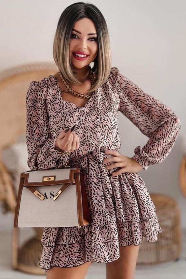 Łososiowa sukienka szyfonowa rozkloszowana Virgo