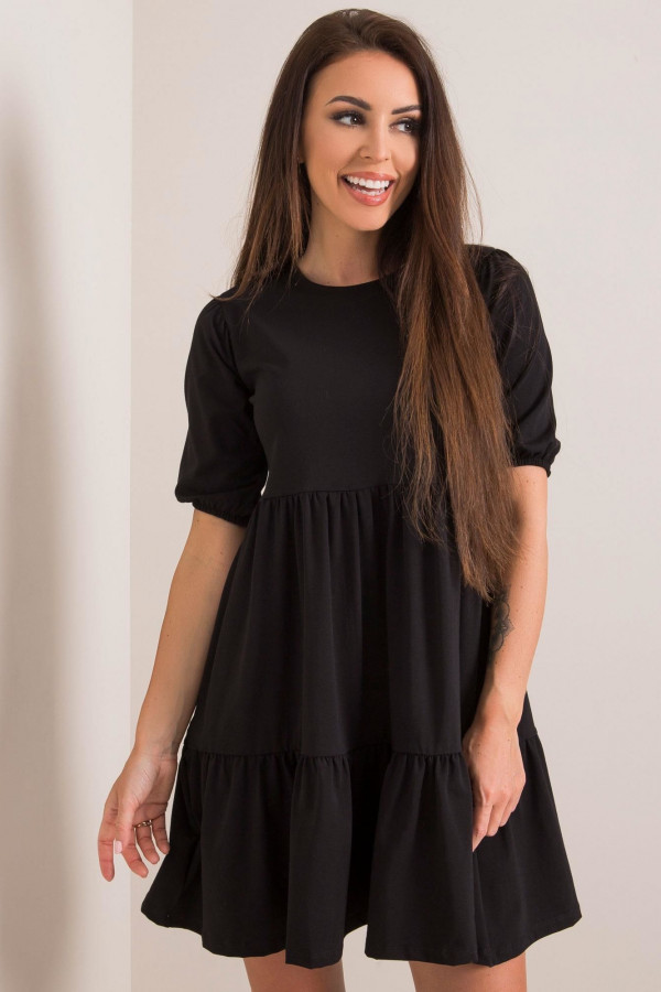 Czarna sukienka rozkloszowana z falbankami Angeles