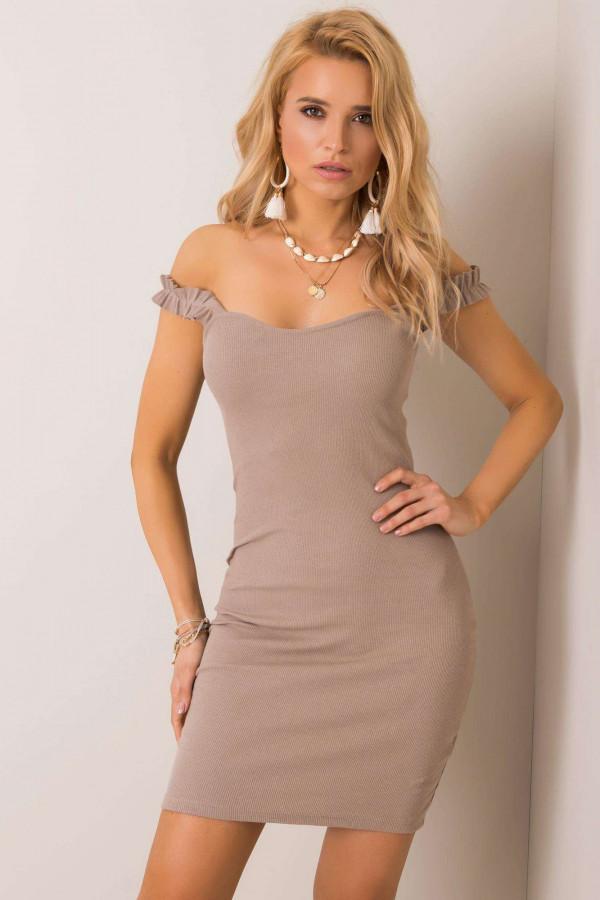 Beżowa dopasowana sukienka z falbankami na ramiączkach Firenze