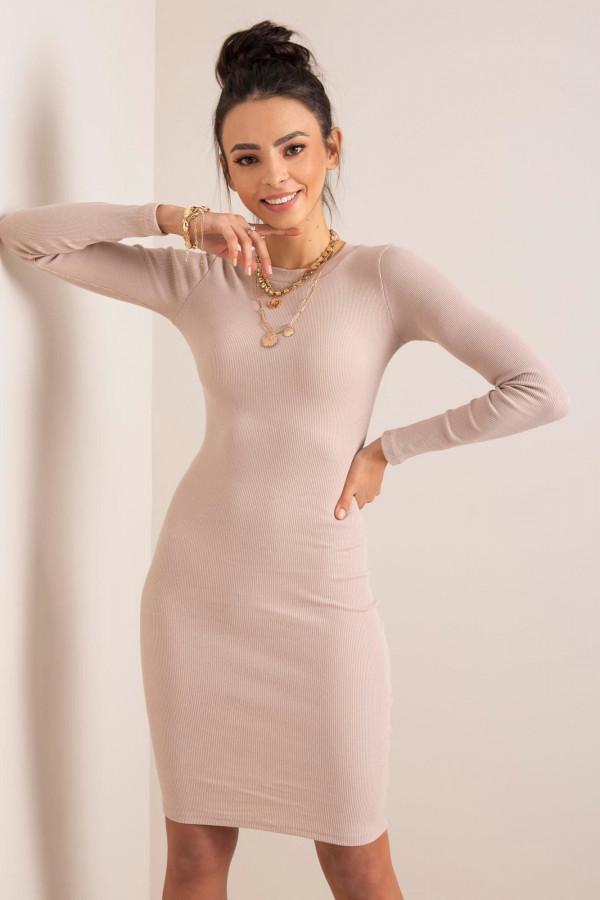 Beżowa dopasowana sukienka O-Neck Lisburn
