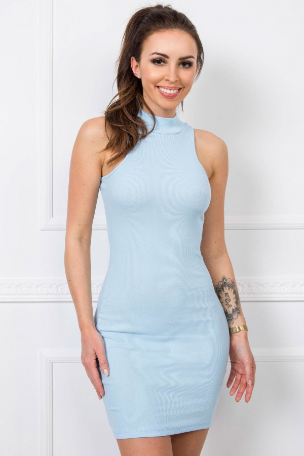 Jasnoniebieska dopasowana sukienka bez rękawów z golfem Soria