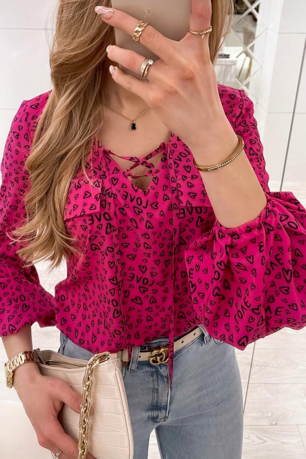 Różowa bluzka w serduszka z bufiastymi rękawami Pisces