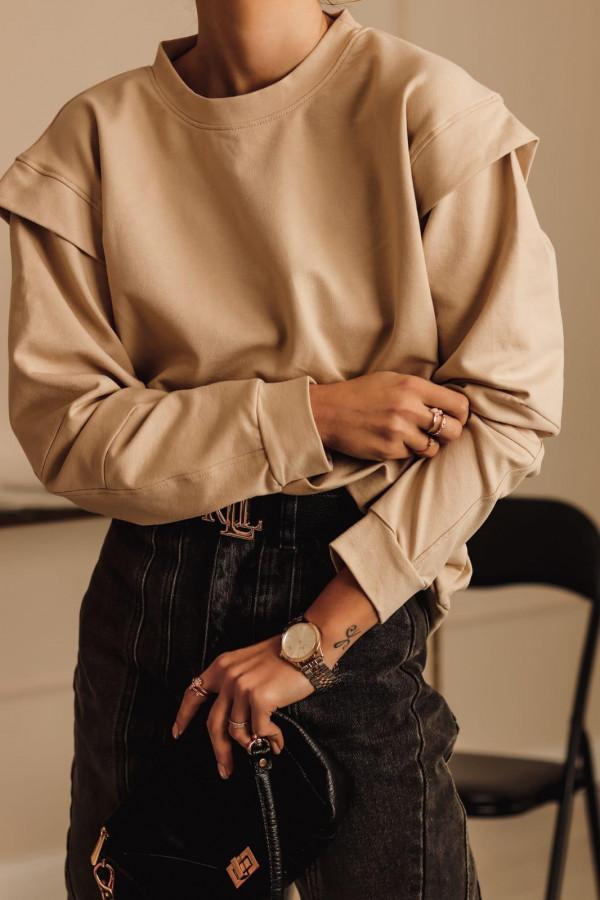 Karmelowa bluza oversize z wycięciem na plecach Vasque