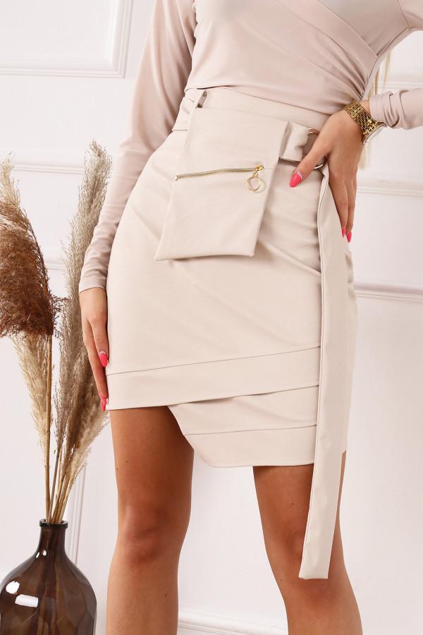 Beżowa asymetryczna spódnica z eko skóry Alye