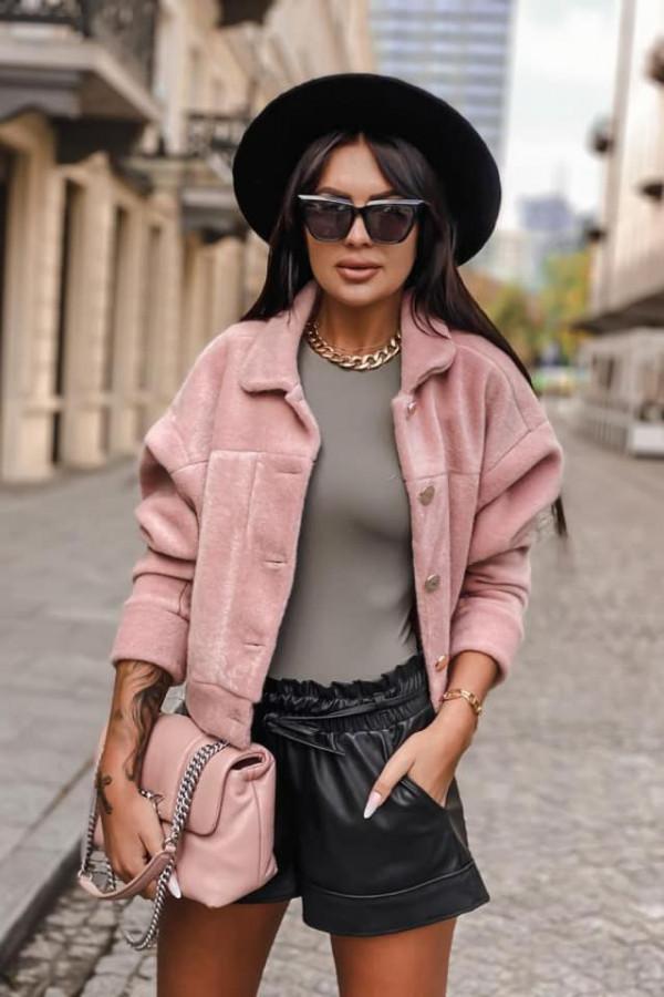 Różowa kurtka alpaka Cames