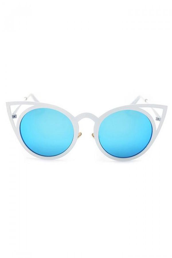 Niebieskie okulary przeciwsłoneczne z białą oprawką kocie oko Sheins