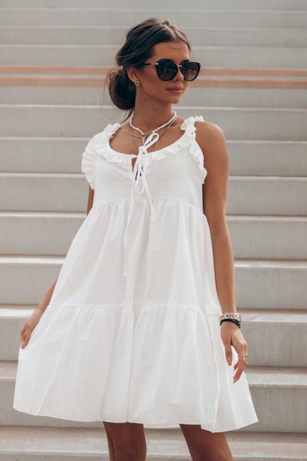 Biała sukienka rozkloszowana z falbankami Blanca
