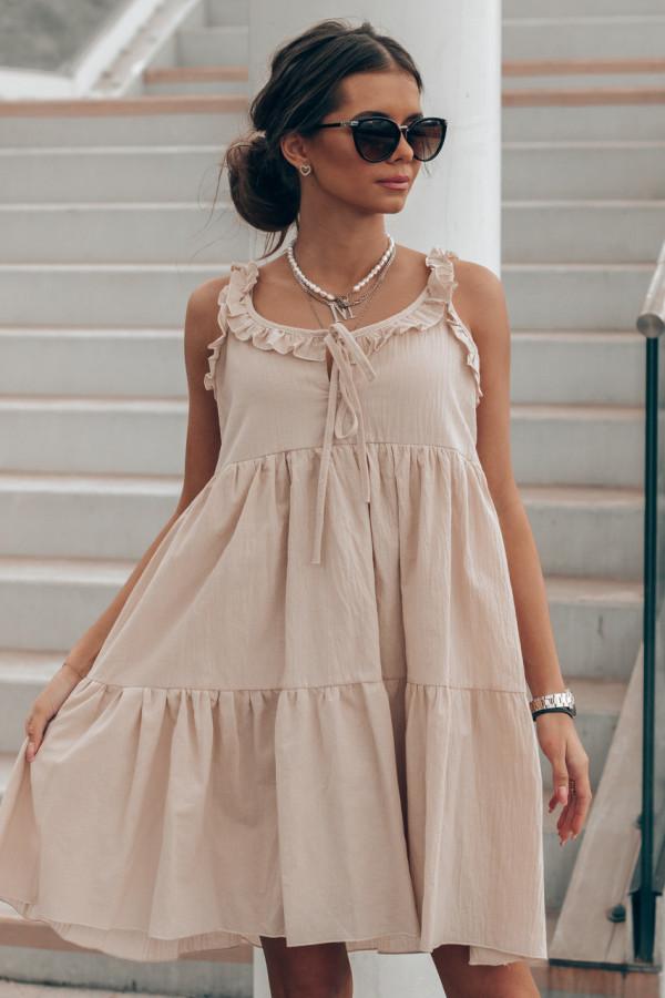Beżowa sukienka rozkloszowana z falbankami Blanca