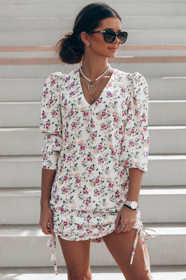 Ecru sukienka kwiatowa z marszczeniami Louise