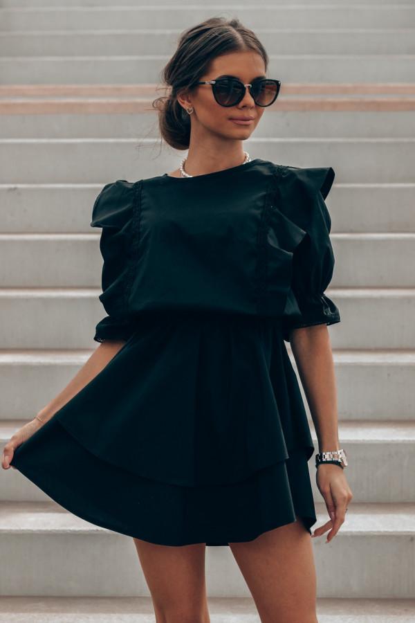 Czarna bawełniana sukienka rozkloszowana z haftem Noelia
