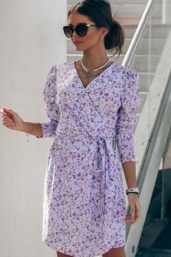 Liliowa sukienka kwiatowa kopertowa V-Neck Maribel