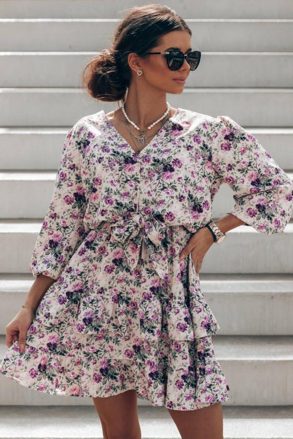 Fioletowa sukienka kwiatowa rozkloszowana z falbankami Abella